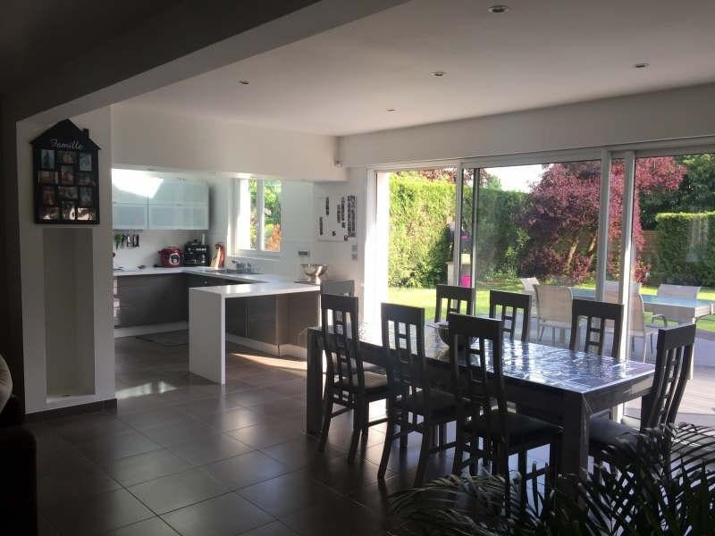 Sale house / villa Lesigny 530000€ - Picture 2