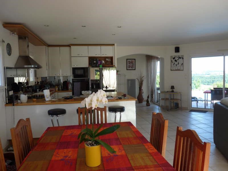 Vente maison / villa Madaillan 325 000€ - Photo 3