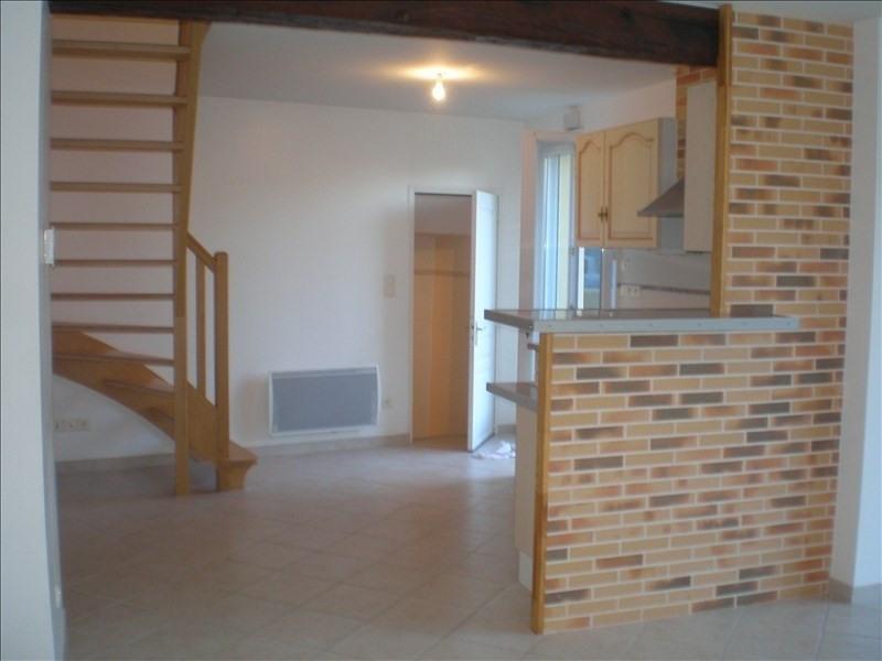 Location maison / villa Cugand 520€cc - Photo 1