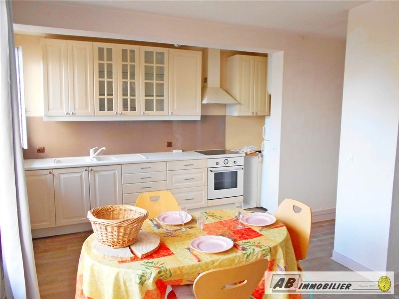 Rental apartment Poissy 680€ CC - Picture 2