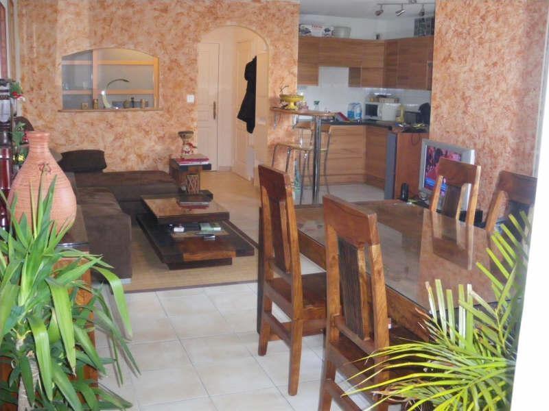 Sale apartment Ste pazanne 145950€ - Picture 1