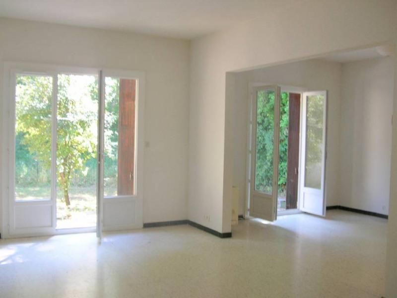 Location maison / villa Avignon 894€ CC - Photo 2