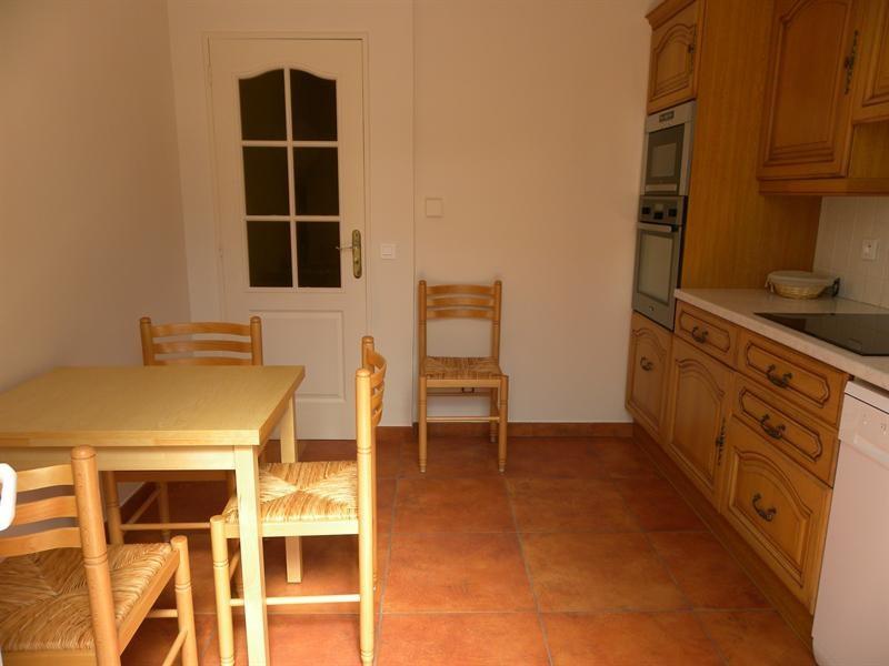 Location vacances appartement Bandol 560€ - Photo 3