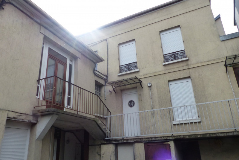 Sale apartment Villemomble 104 000€ - Picture 1