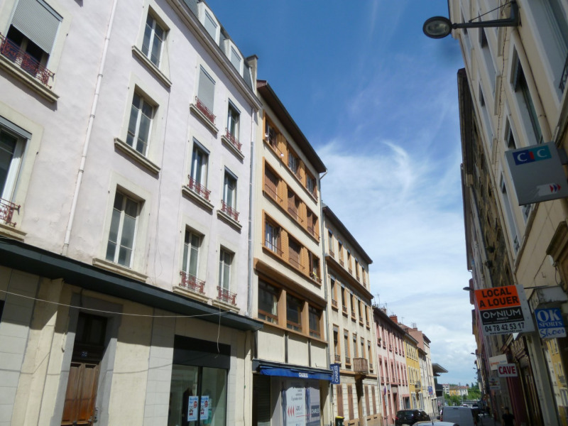 Location appartement Oullins 497€ CC - Photo 1