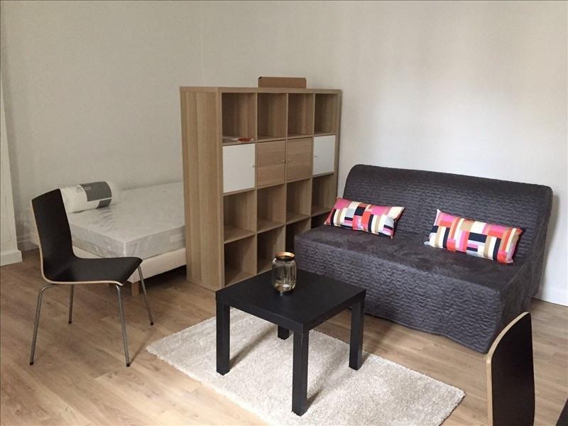 Location appartement Versailles 750€ CC - Photo 2