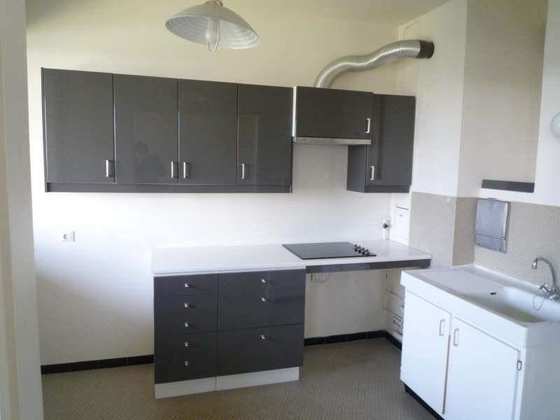 Rental apartment Garches 680€ CC - Picture 2