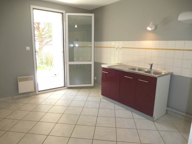 Location appartement Aubenas 650€ CC - Photo 4