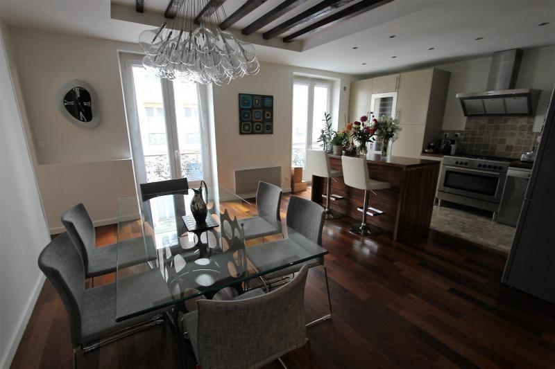 Deluxe sale apartment Paris 11ème 1049000€ - Picture 2