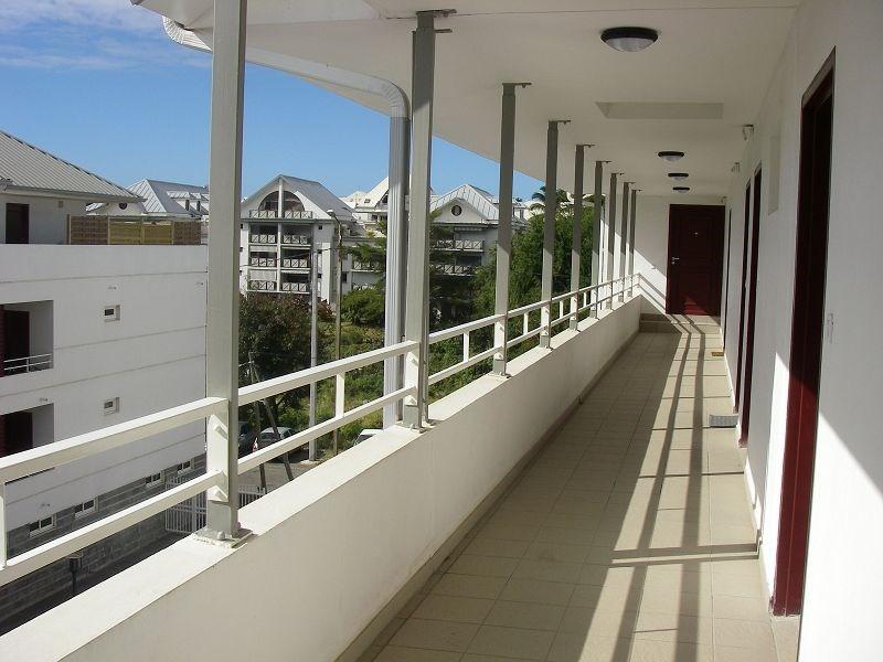 Location appartement St denis 485€ CC - Photo 7