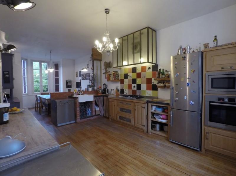 Maison Colombes 8 pièce (s) 240 m²