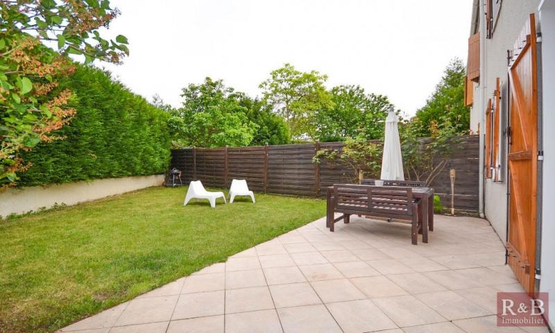 Sale house / villa Plaisir 340000€ - Picture 10