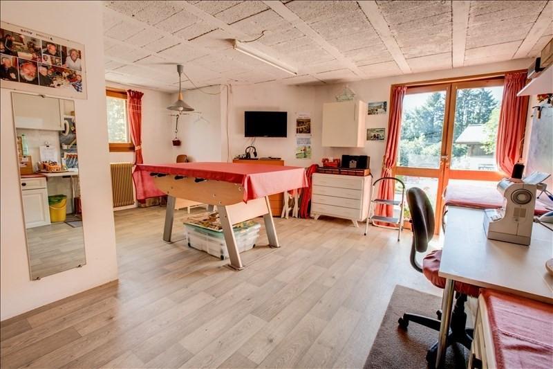 Deluxe sale house / villa Essert romand 649000€ - Picture 9