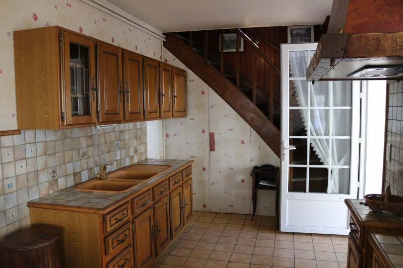 Sale house / villa St front la riviere 85900€ - Picture 5