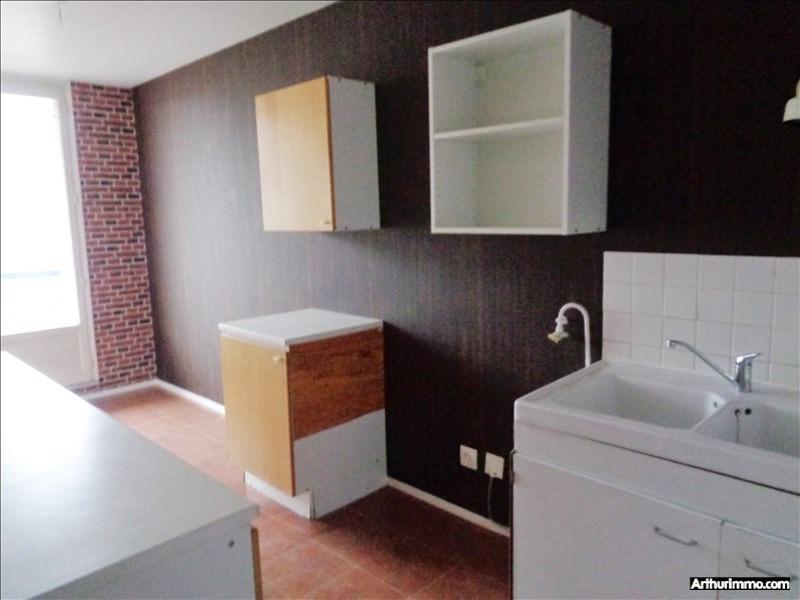 Rental apartment Fleury les aubrais 742€ CC - Picture 1