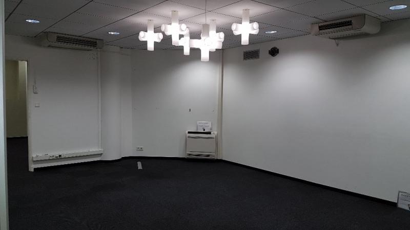 Verkoop  kantoren Toulon 450000€ - Foto 4