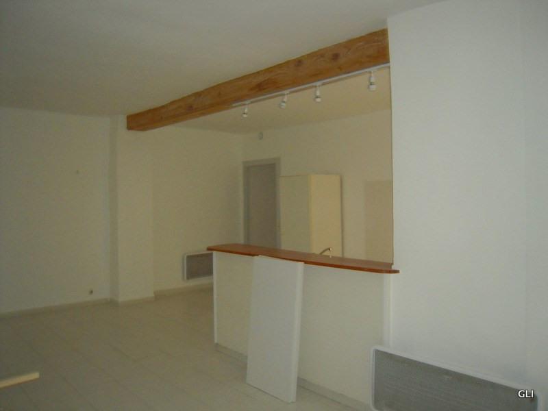 Rental apartment Lyon 1er 740€ CC - Picture 2