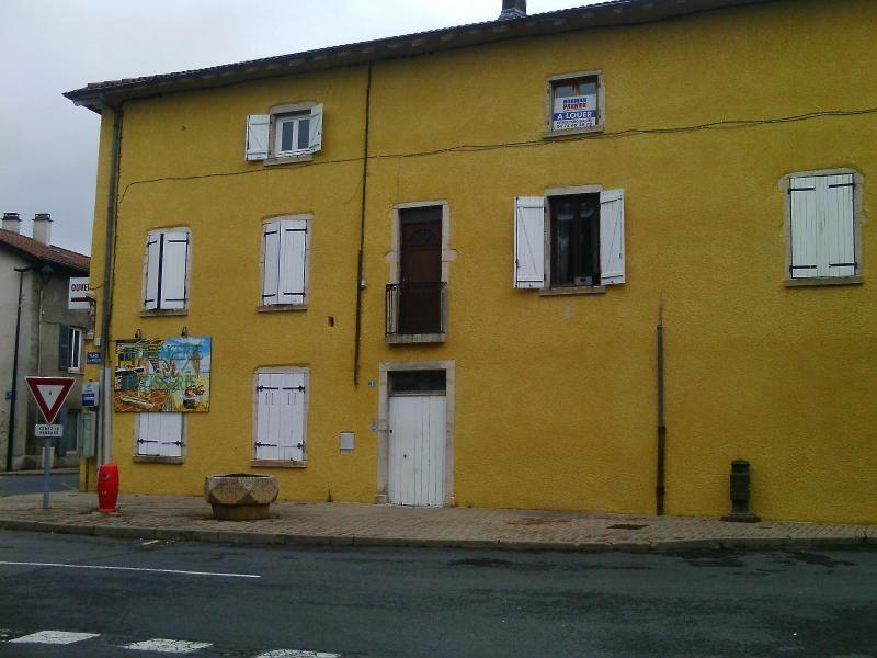 Location appartement Beauregard 360€ CC - Photo 1