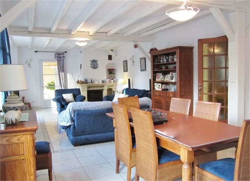 Deluxe sale house / villa Plailly 599000€ - Picture 4