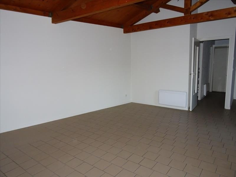 Rental apartment Roanne 385€ CC - Picture 3