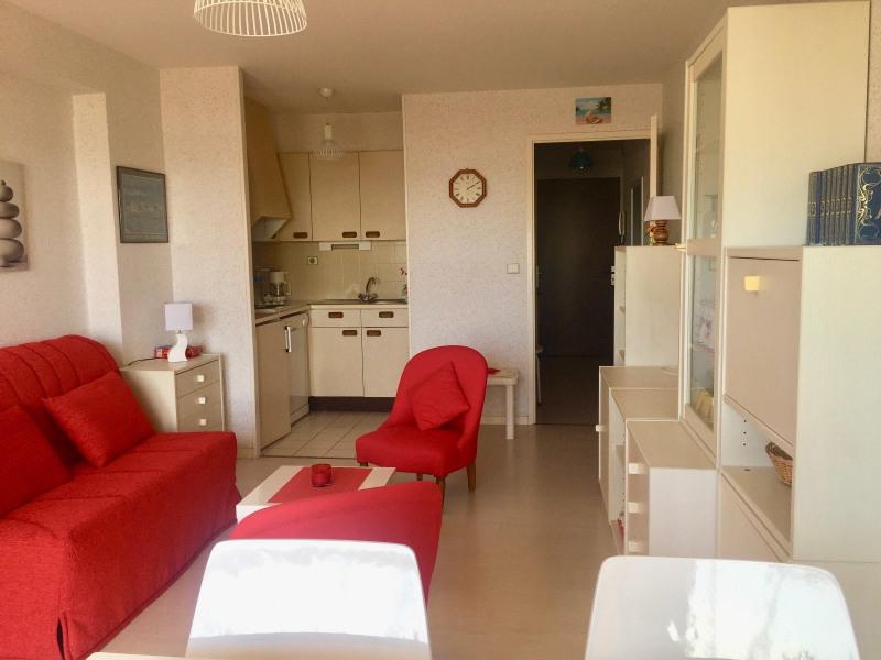 Sale apartment Les sables d olonne 163500€ - Picture 2