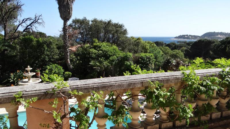 Vacation rental house / villa Cavalaire sur mer 4200€ - Picture 2