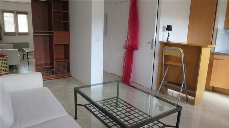 Rental apartment Puteaux 750€ CC - Picture 3