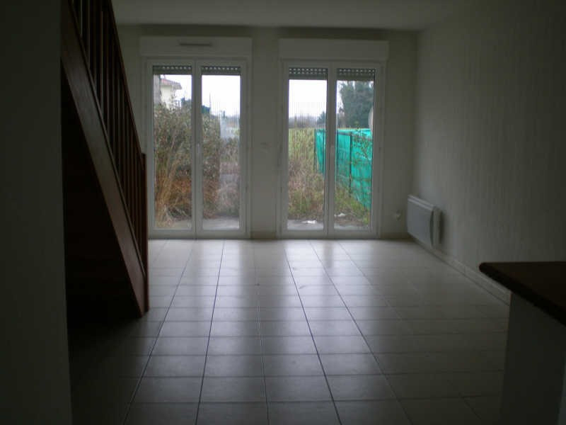 Rental house / villa Blaye 545€ CC - Picture 3