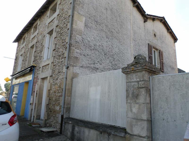 Location appartement Lhommaize 420€ CC - Photo 1
