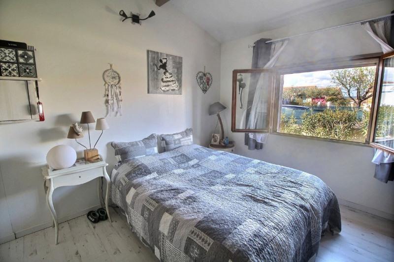 Vente maison / villa Meynes 243800€ - Photo 4