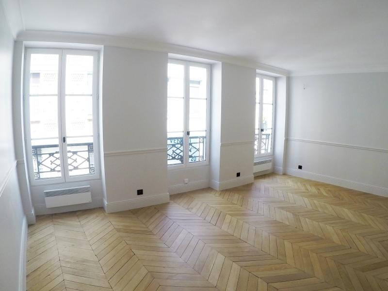 Sale apartment Paris 9ème 660 000€ - Picture 1