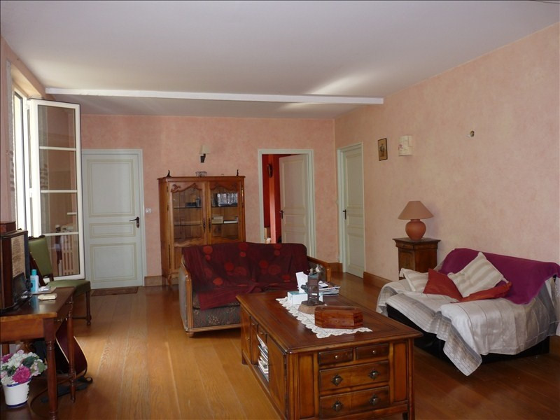Deluxe sale house / villa Bon encontre 679 000€ - Picture 2