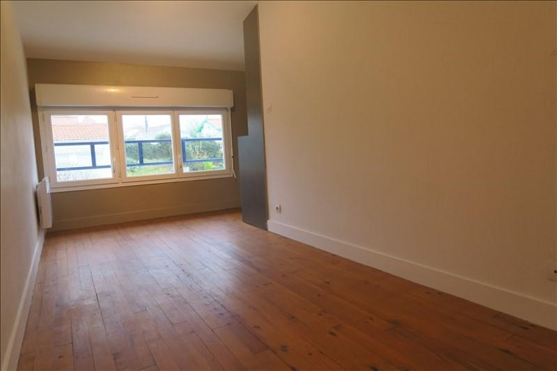 Rental apartment Royan 385€ CC - Picture 1