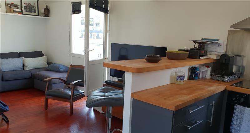 Sale apartment Paris 15ème 377000€ - Picture 2