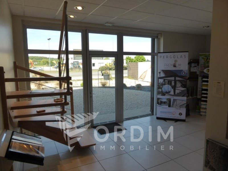 Rental shop Moneteau 3 000€ HT/HC - Picture 1