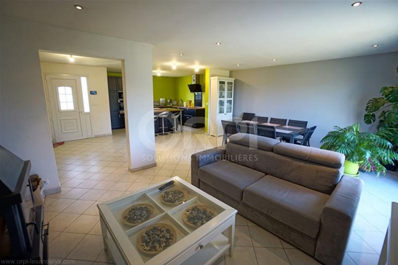 Sale house / villa Saint-clair-sur-epte 242000€ - Picture 6