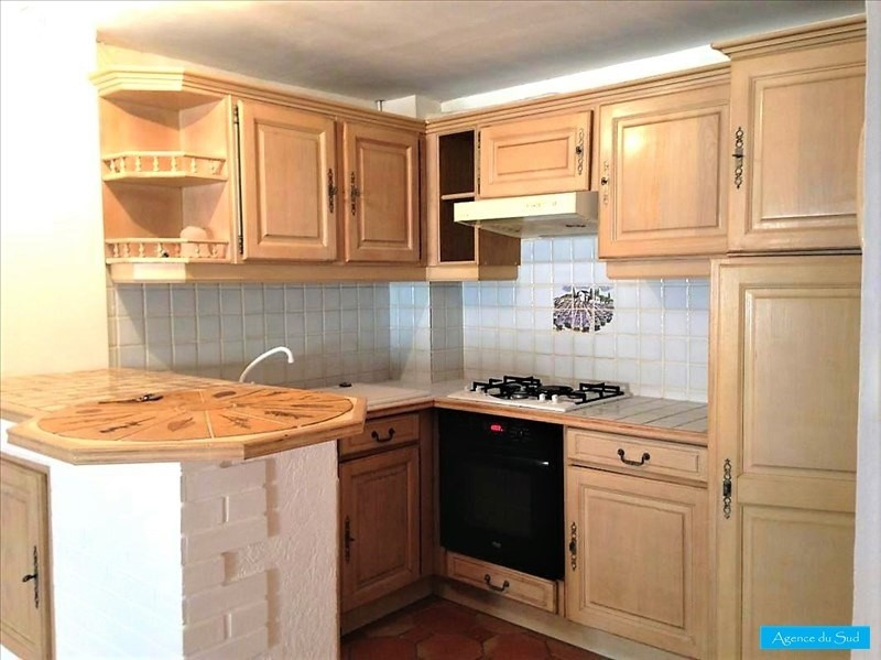 Location appartement Cuges les pins 460€ CC - Photo 1