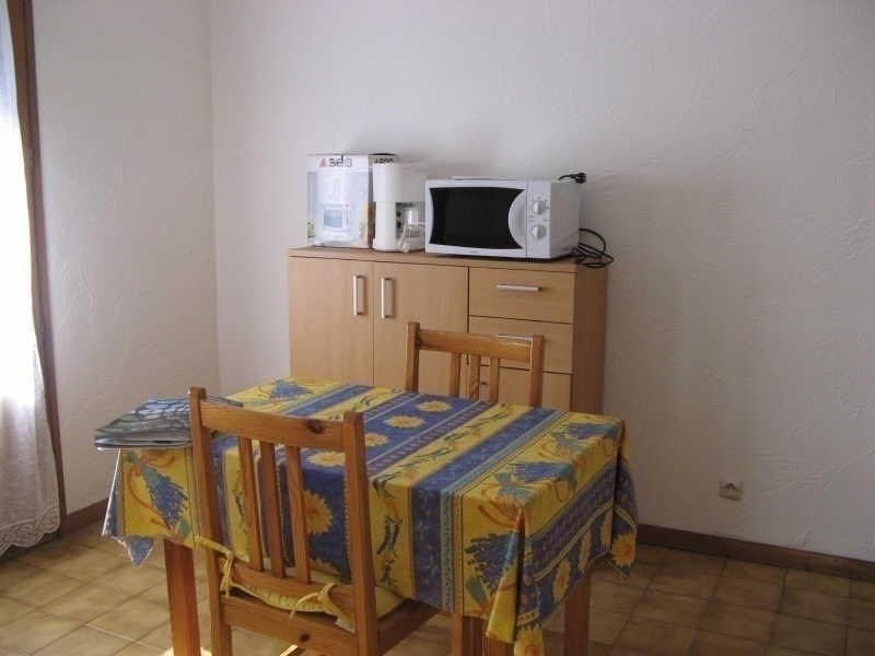 Rental apartment Le fayet 410€ CC - Picture 1