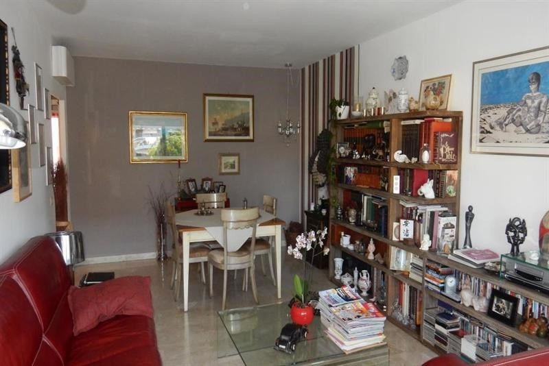 Sale apartment Nice 320000€ - Picture 3