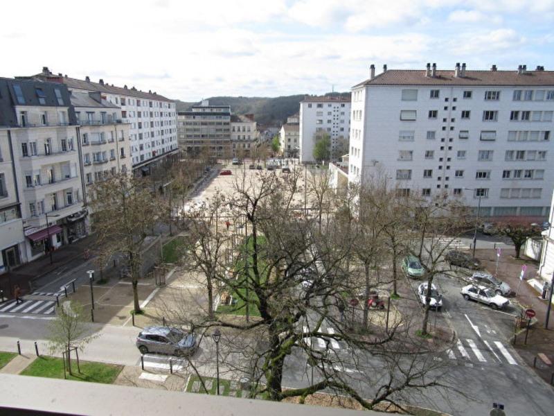 Location appartement Perigueux 750€ CC - Photo 1