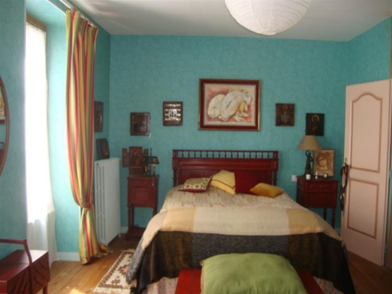 Sale house / villa Saint-jean-d'angély 327050€ - Picture 18