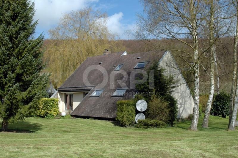 Sale house / villa Les andelys 220000€ - Picture 1