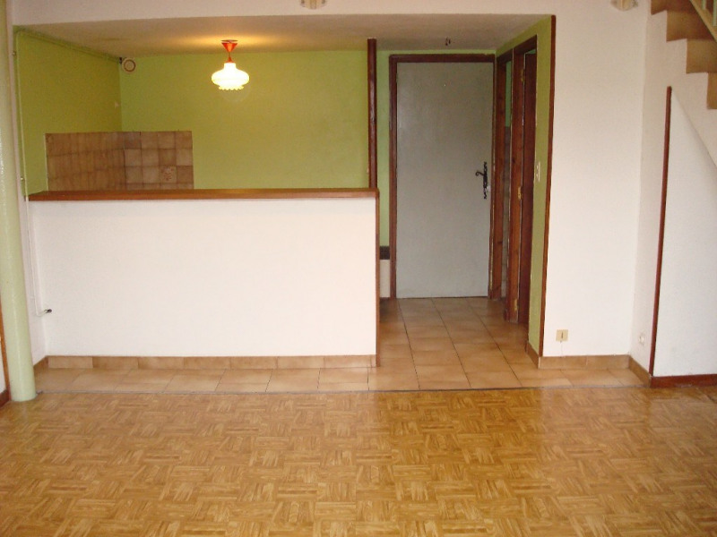 Location appartement Ruoms 361€ CC - Photo 1