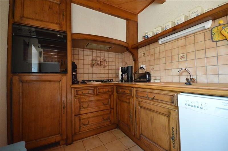 Sale house / villa Plozevet 210000€ - Picture 7