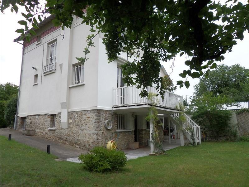 Deluxe sale house / villa La celle st cloud 1030000€ - Picture 1