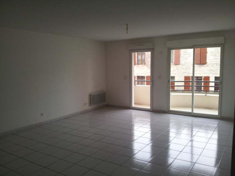 Sale apartment Angoulême 107365€ - Picture 2