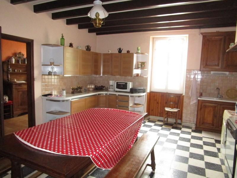 Sale house / villa Beauronne 128000€ - Picture 4