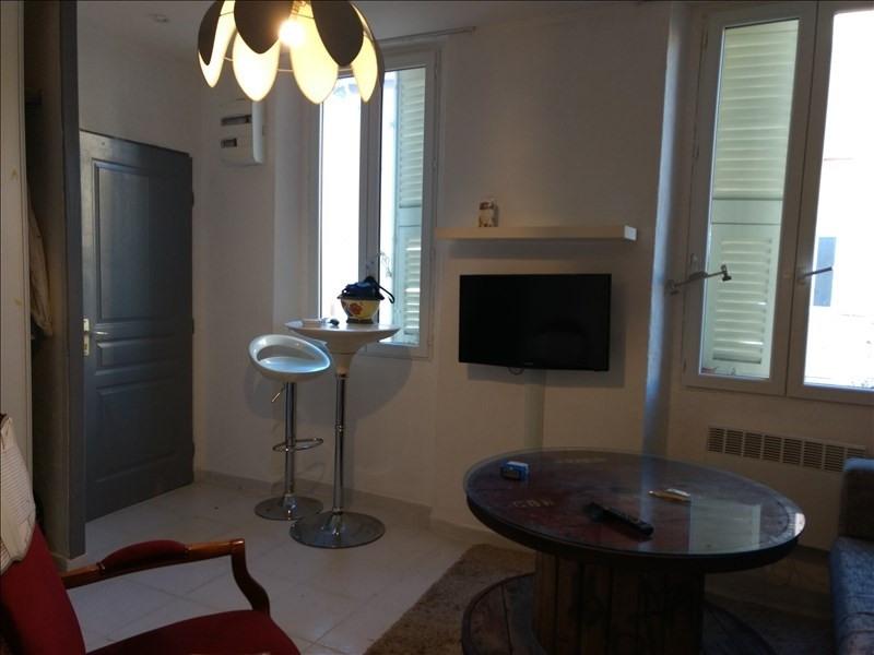 Locação apartamento Le golfe juan 500€ CC - Fotografia 6