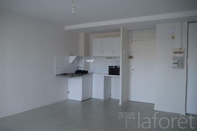 Sale apartment Cholet 66 000€ - Picture 2