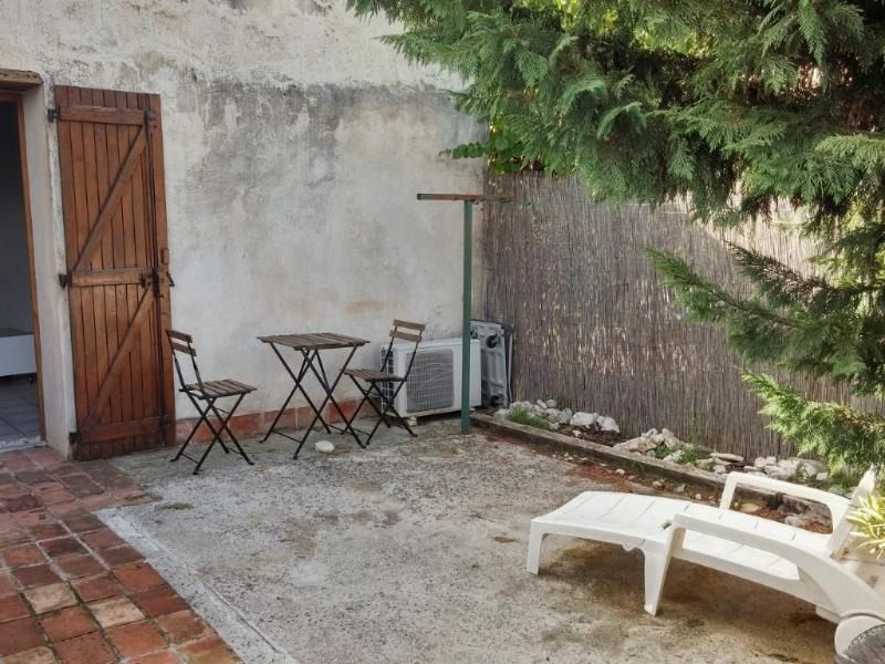 Location appartement Aix en provence 900€ CC - Photo 4
